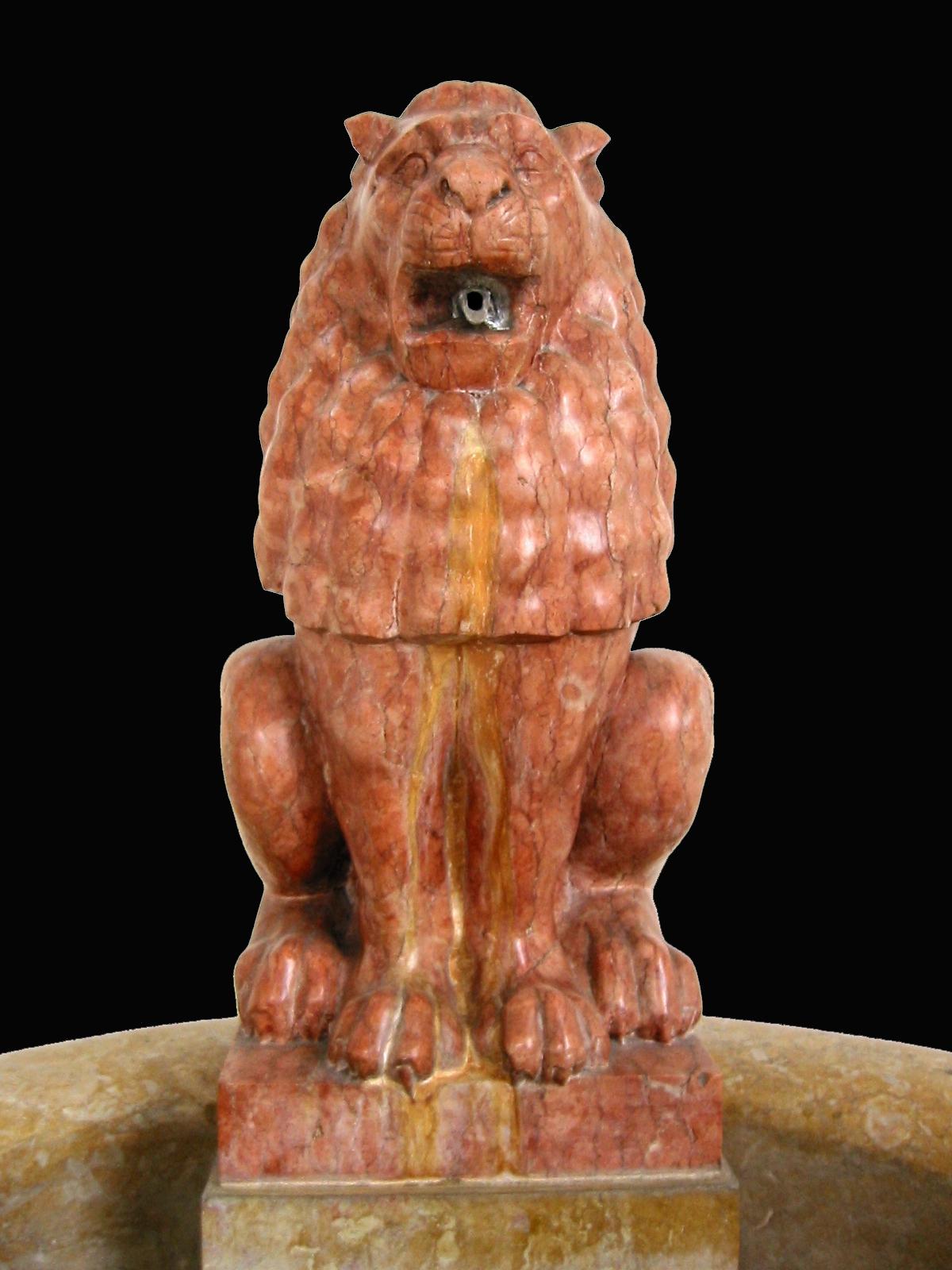 135- fonte com leão 2