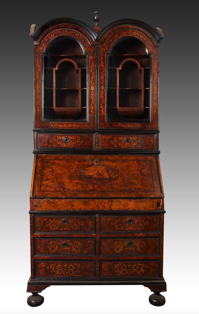 175- Escritório italiano em madeira